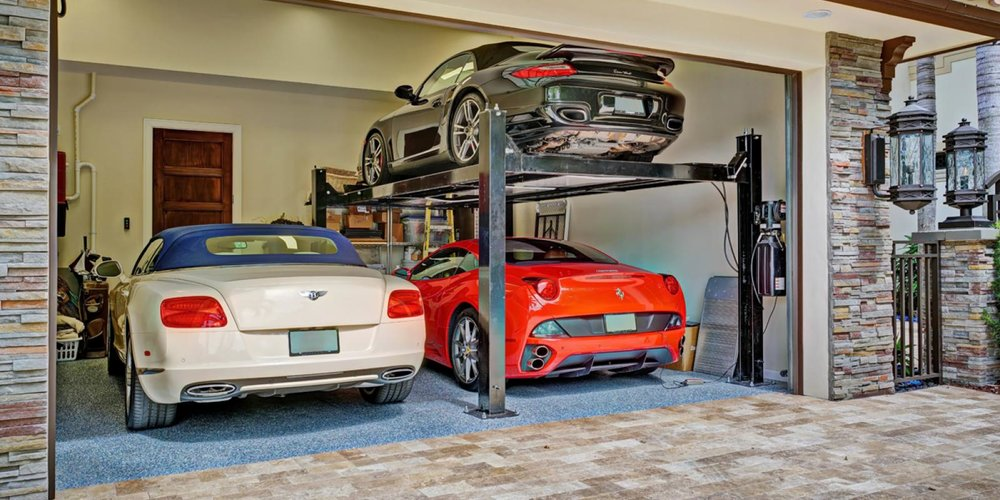 Multiple Car Garage With Lift
