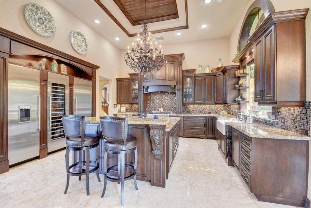 ethan kitchen.jpg