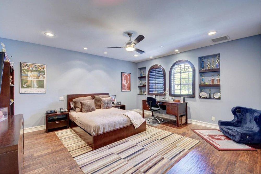 ethan bedroom 2.jpg