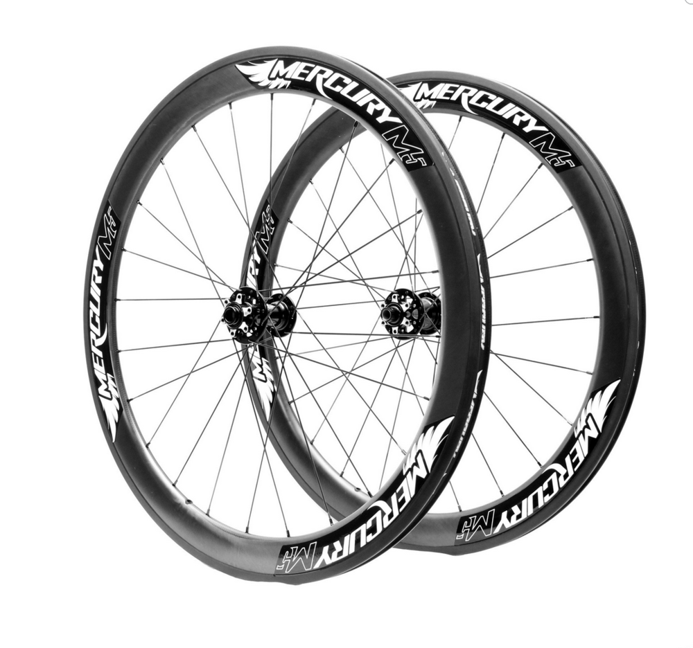 M5 Carbon Clincher Disc