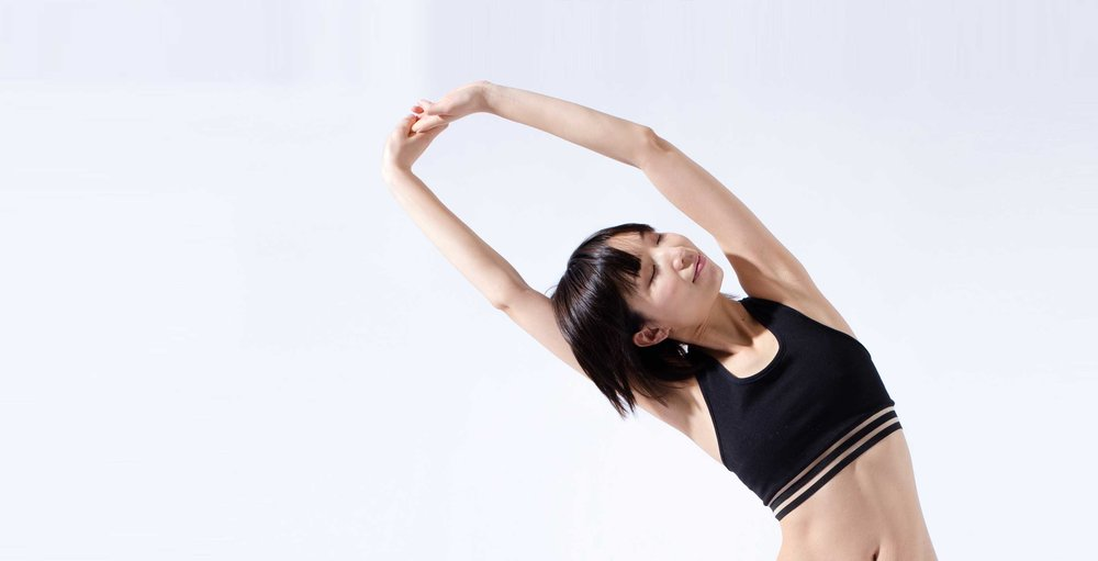 black-stripe-champ-bra-yoga-blog-preview.jpg