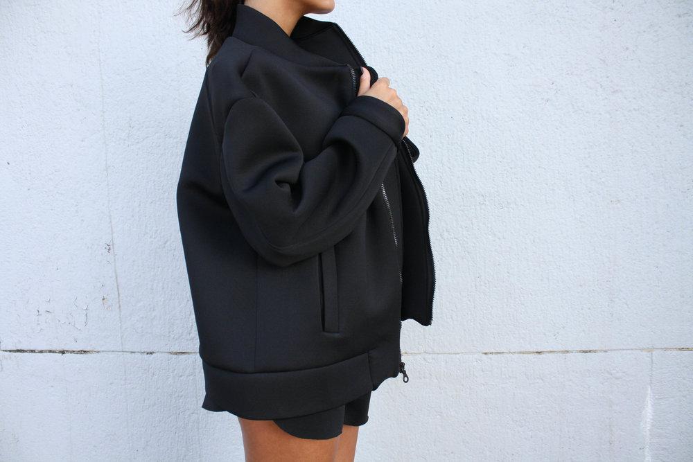 black-neoprene-oversized-bomber-jacket_3742.jpg