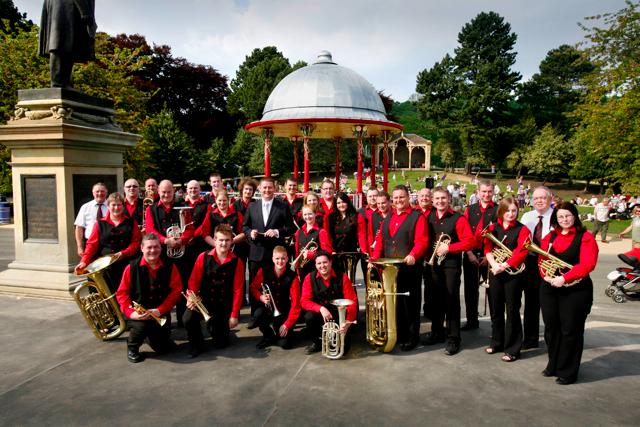hammonds band at robert's park bandstand