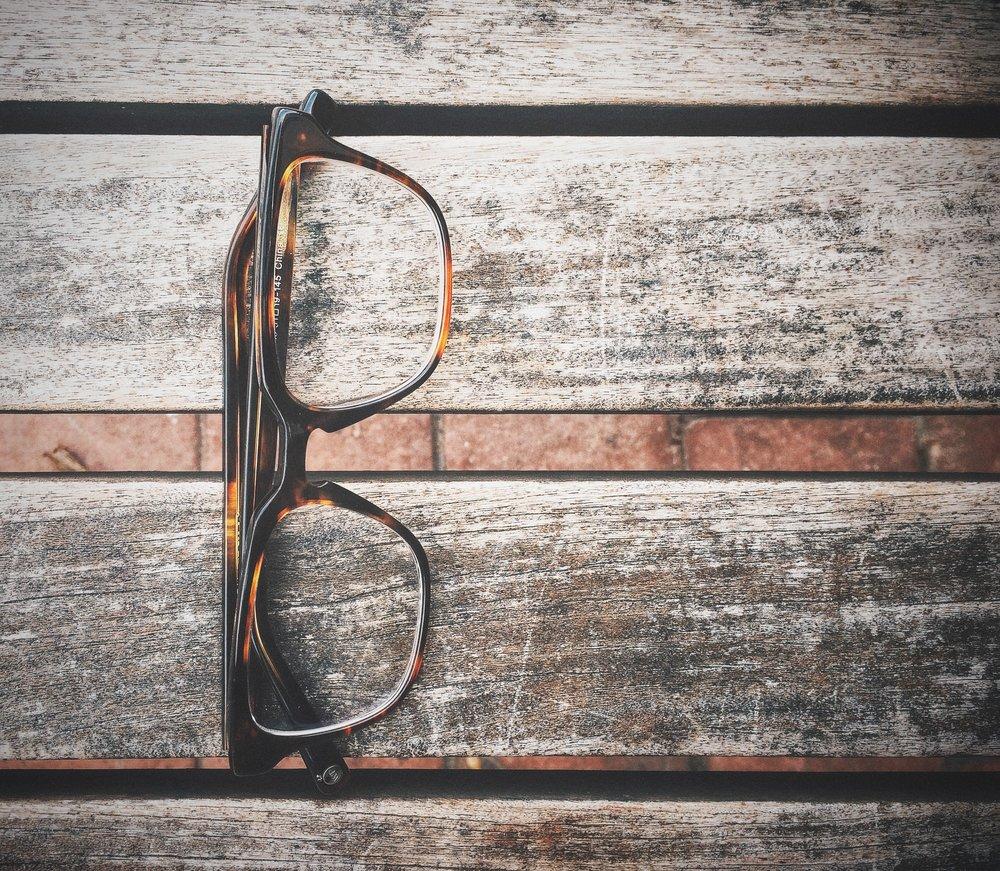 glasses-731831.jpg