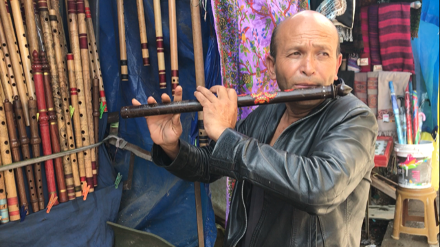 The man who bought my SIM card, also a talented Nepali flute player.