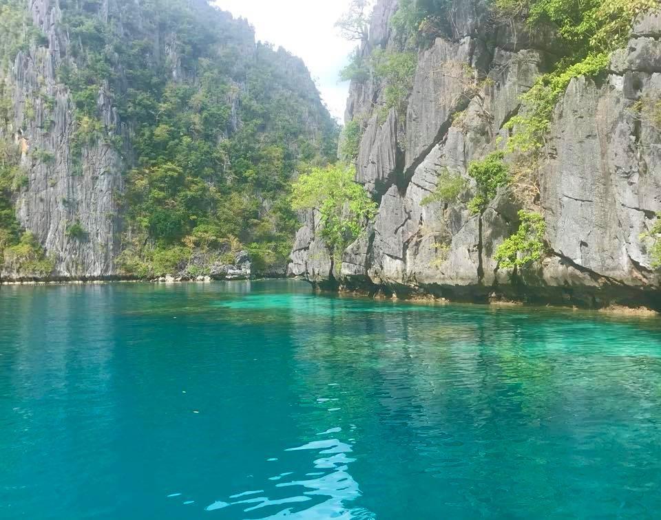 Kayangan Lake