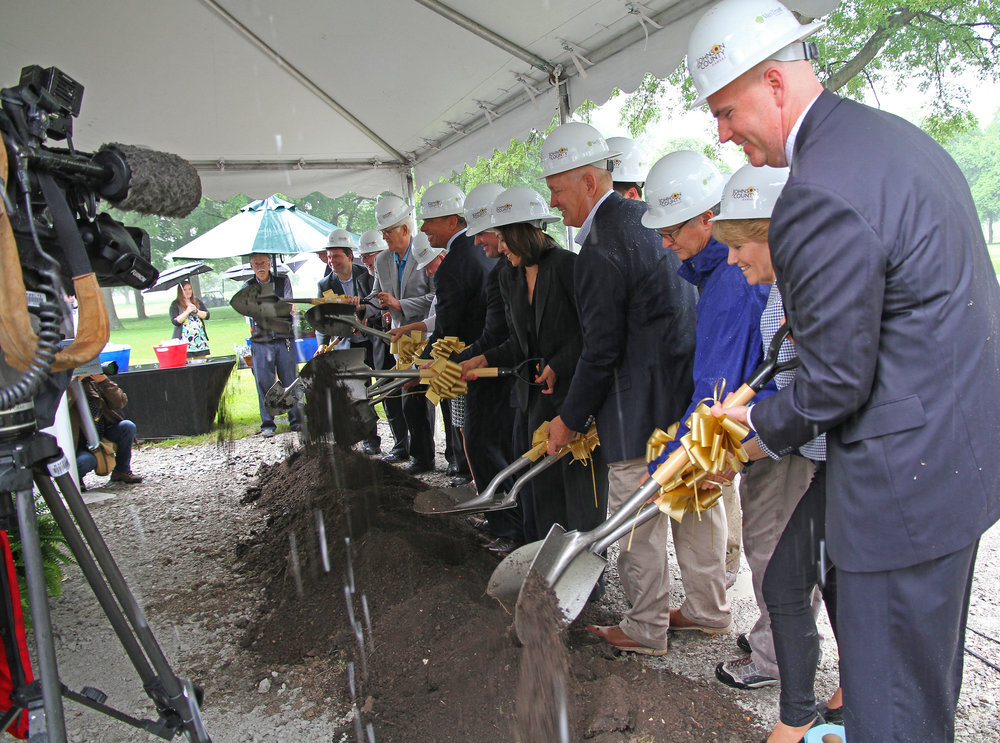 MP_Groundbreaking.21 05232016.jpg
