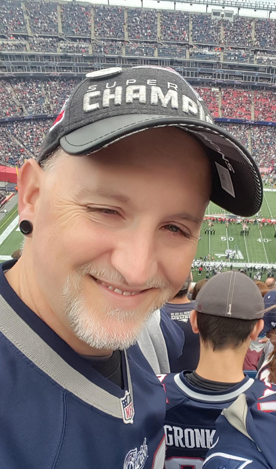 Steve patriots headshot.jpg