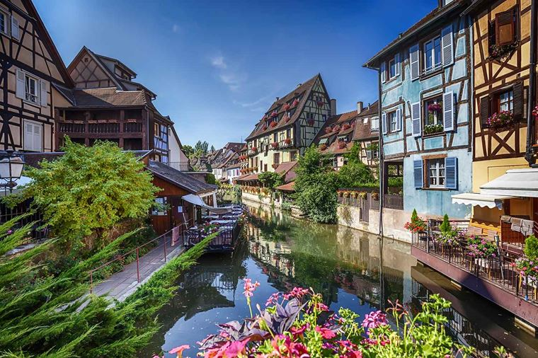 enchantingrhine_france_strasbourg_ss_305716577_gallery.jpg
