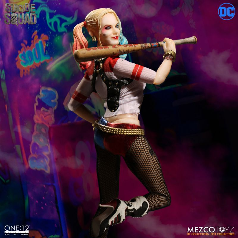 Mezco. One: 12 Suicide Squad Harley Quinn