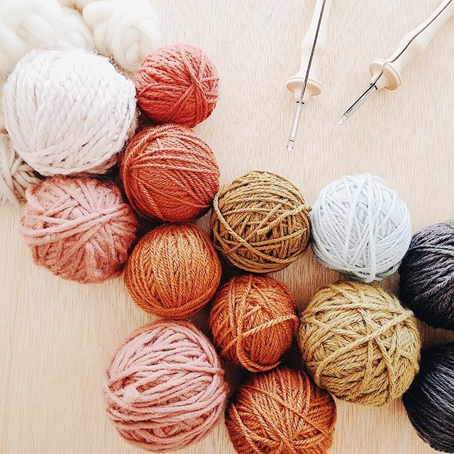 DON'T FORGET ✨ Our last Punch Needle workshop will be offered next weekend! Join us Saturday, April 28, from 10am-12pm and learn rug hooking using a punch needle. Workshop includes and Oxford Punch Needle ($32 value), wood frame pre-stretched with monks cloth, wool yarn, and a Punch Needle handbook! Coffee + snacks provided. Register on our website before we sell out of this workshop AGAIN! 🌿