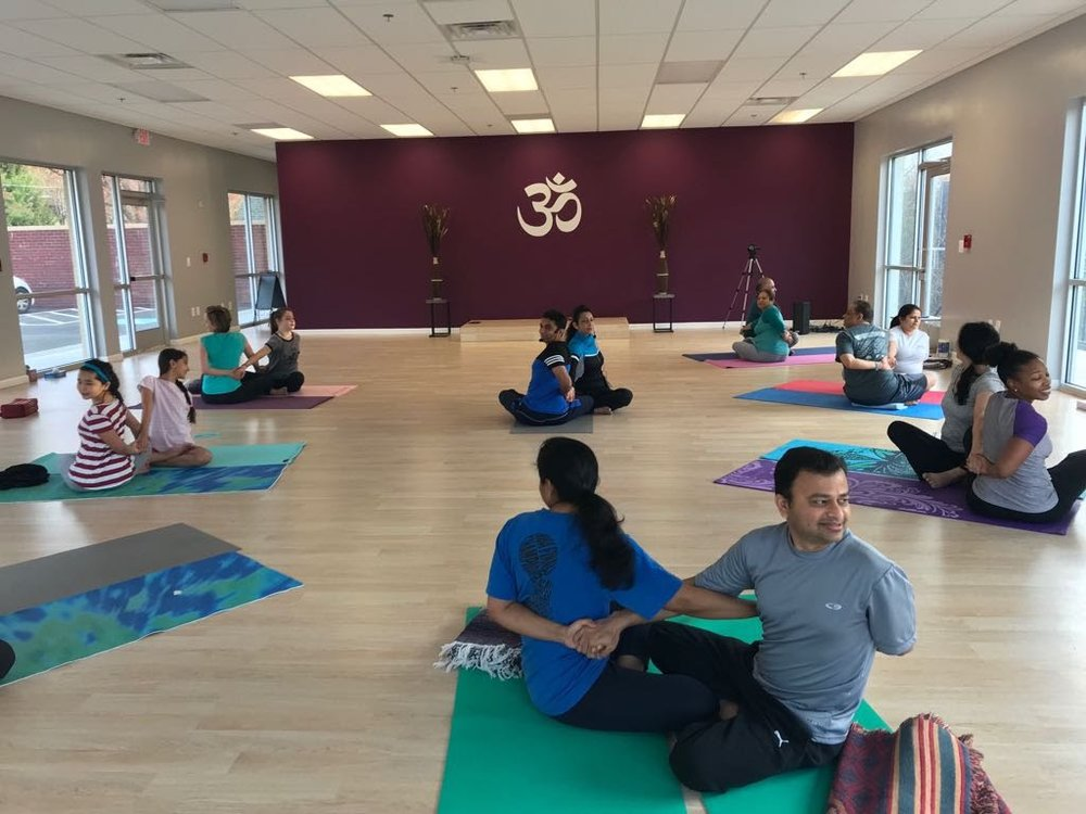 Partner Yoga Workshop at HYC 2018