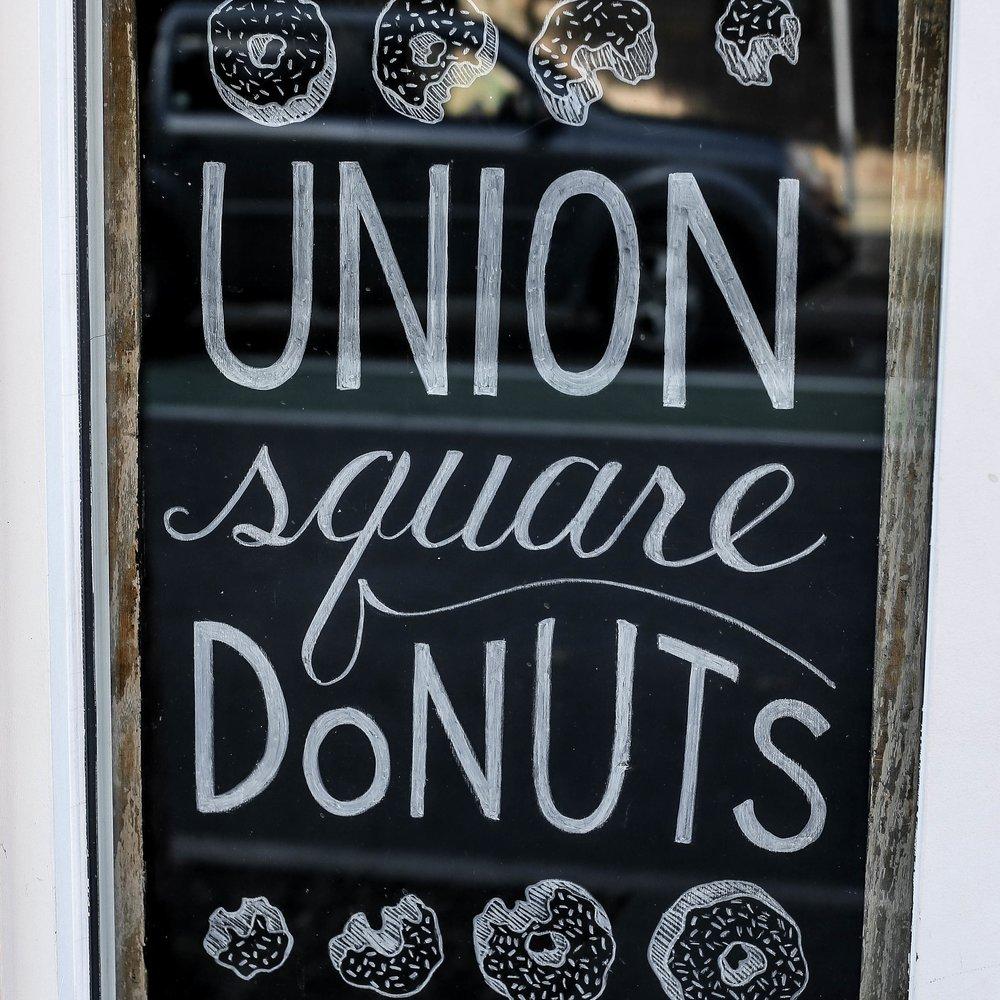 UnionSquareDonutsSign.jpg
