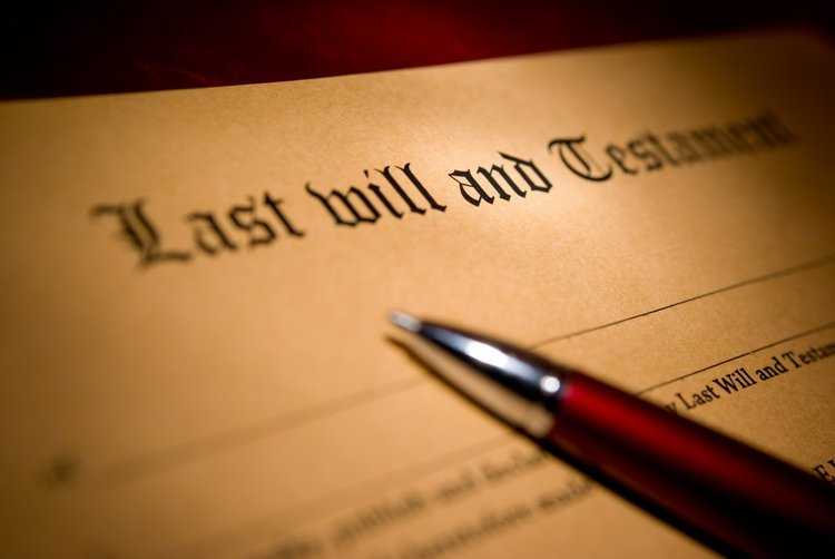 Marietta estates attorney drafts a last will and testament.