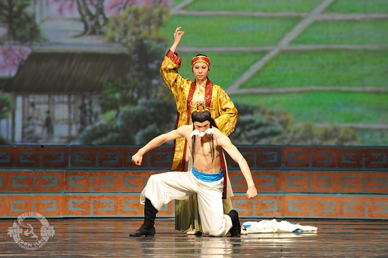 2008年神韻演出節目《精忠報國》(圖片來源: 神韻網站 )