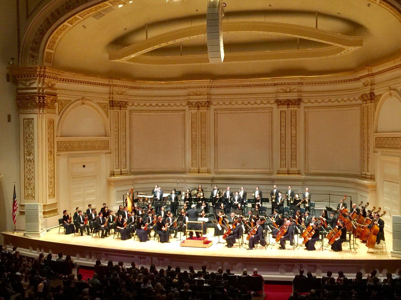 10月14日晚間,神韻交響樂在卡內基大廳(Carnegie Hall)演出現場(曾錚攝影)。