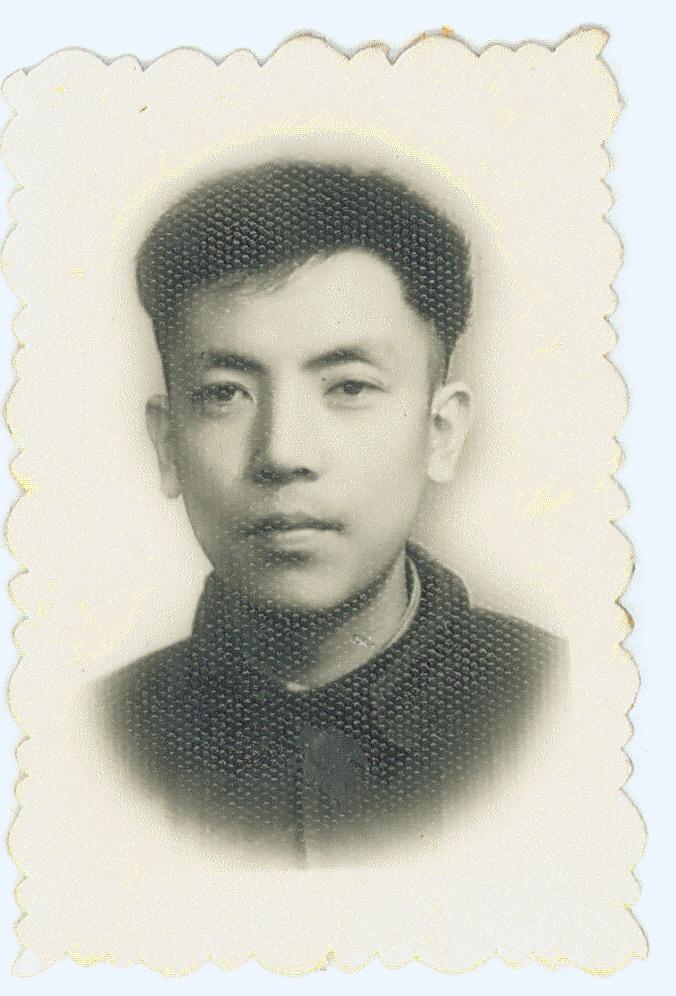 Jennifer Zeng 's father.曾錚的父親大學時代「標準相」。一直以來,我心目中的美男子就應該長這樣。