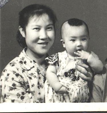 Jennifer and her mother when Jennifer was one-year-old. (courtesy Jennifer Zeng)
