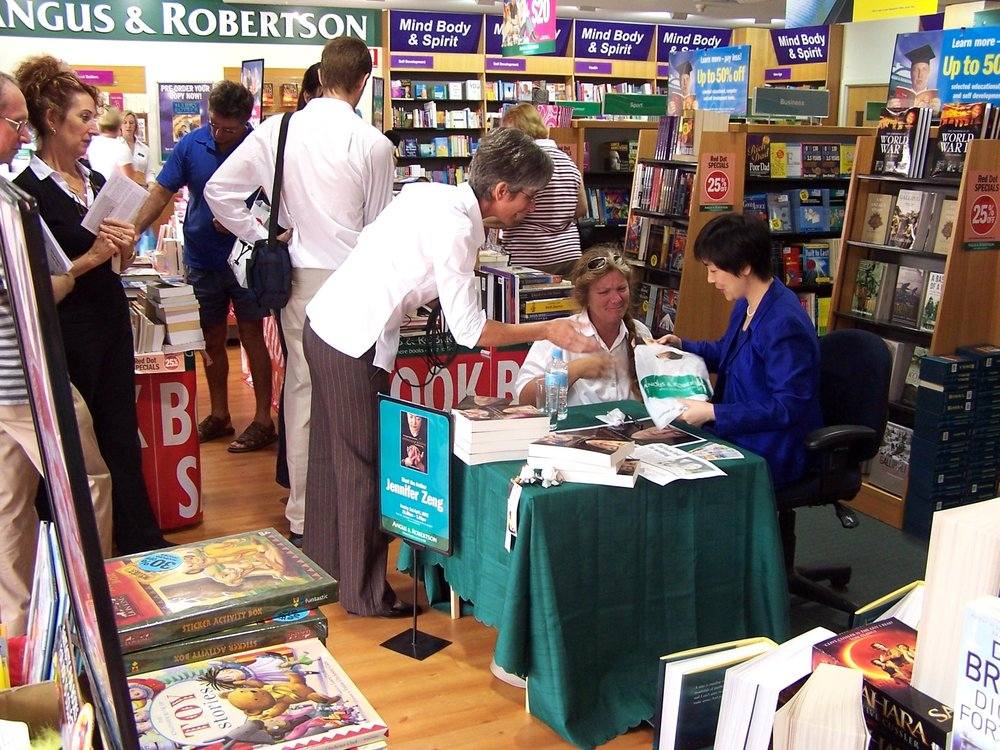 Jennifer at a book signing event in an Angus & Robertson book store in Brisbane, Australia in May 2005.
