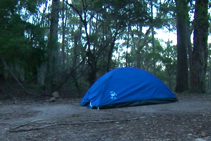這是「我們家」的帳篷。
