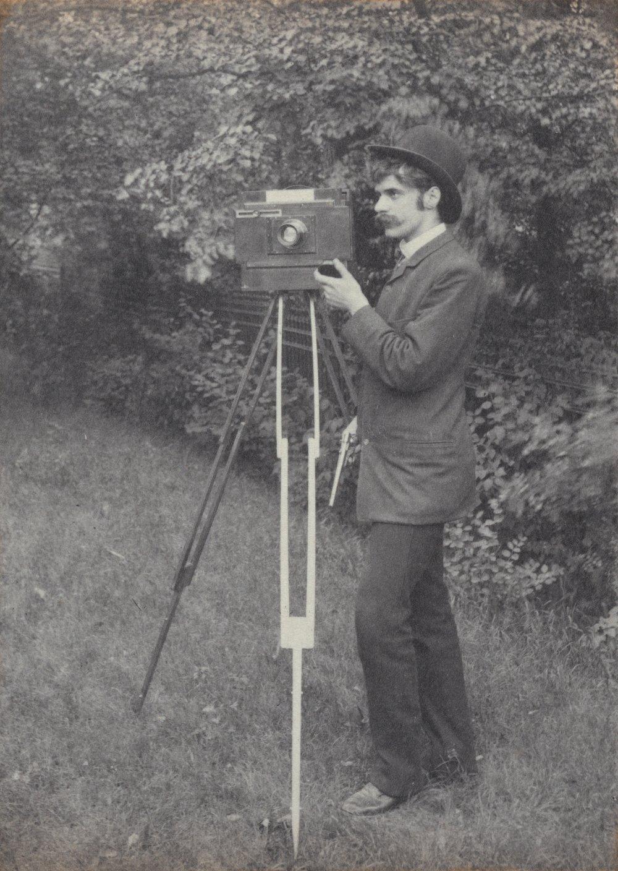 Autorretrato, de Alfred Stieglitz, 1886