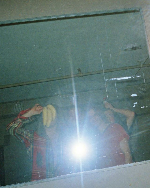 📸: @unknownmortalorchestra . . . . . #umo #untitledmortalorchestra #mirrorselfie #bananas #disposablecamera #35mm #disposable #staybrokeshootfilm #instago #instapassport #analoguevibes #filmisnotdead #snapshot #travelgram #ishootfilm #filmphotography #shotonfilm #filmcamera #getlost #explorer #exploretocreate #keepexploring #stayandwander #bts #portraits #justgoshoot #igtravel #bts #portraits_ig #vibes