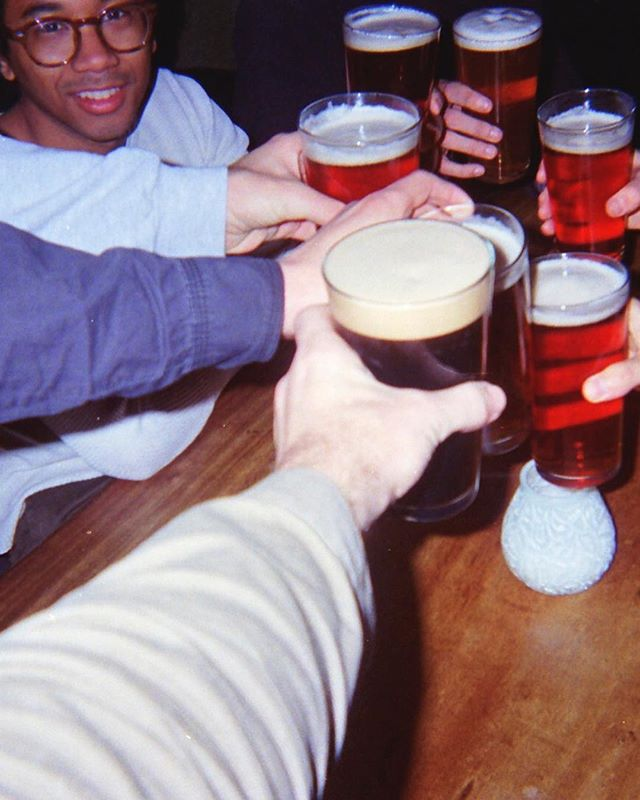 Happy holidays from Tepsic Mag. Who's ready for a new issue? . . . . . 📸: @toroymoi #toroymoi #chazbear #beers #cheers #europe #disposable #disposablecamera #35mm #staybrokeshootfilm #instago  #instapassport #analoguevibes #filmisnotdead #snapshot #ishootfilm #filmphotography #shotonfilm #getlost #justgoshoot #bts #behindthescenes #vibes #bar