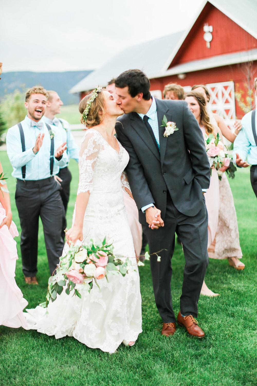 5+29+16+Michael+Ellen-Bridal+Party-0081.jpg