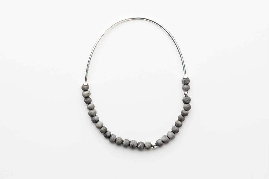 klaylife_necklace_zoya_charcoal_silver_900x900.jpg