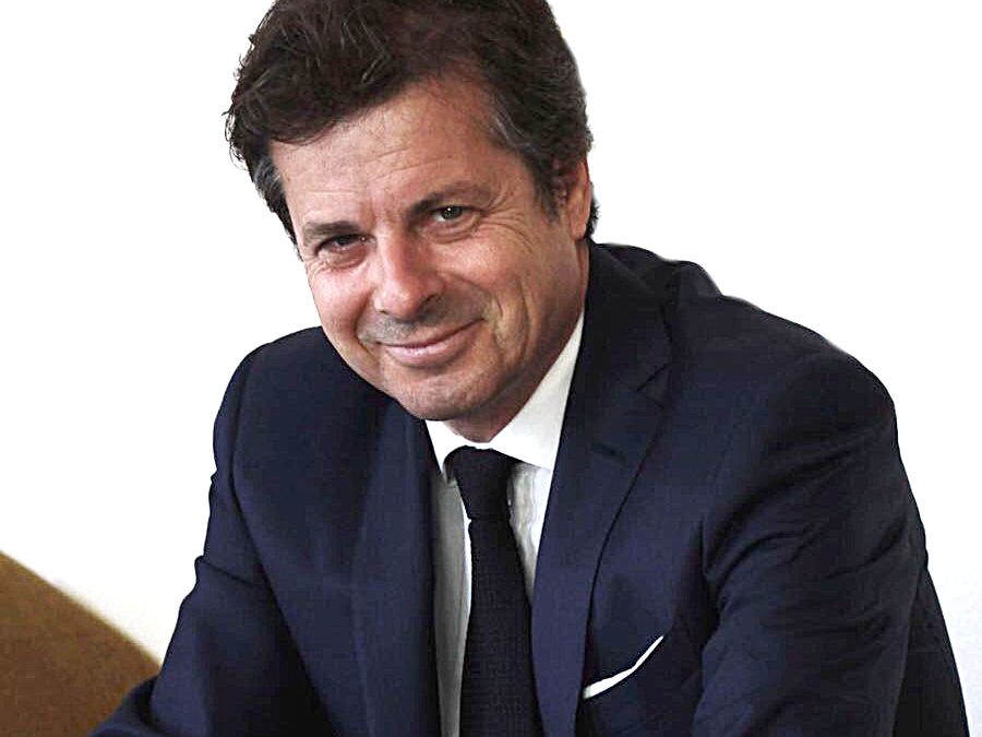 Graumarkt, Distribution, Kreativität  :  Jérôme Biard, CEO Corum.
