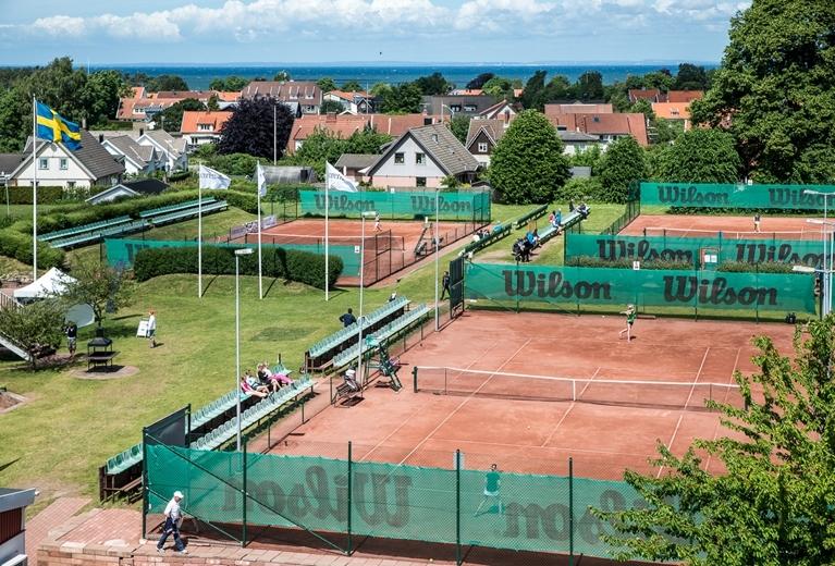 KLASSISK TENNISMARK - Bli inte förvånad om du träffar på en och annan tenniskändis på Drivan :)
