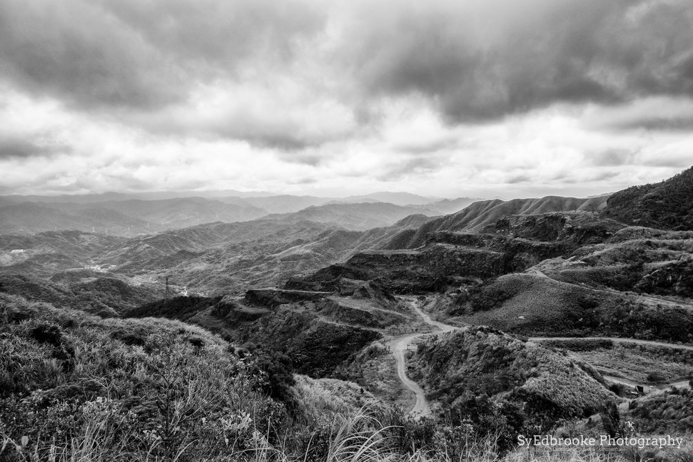 The gold mine. looking towards Pingxi. f11, ISO 200, 1/80, 24mm