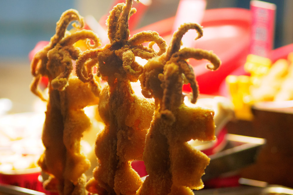 deep fried squid! f1.8, ISO 2000, 1/320, 150mm