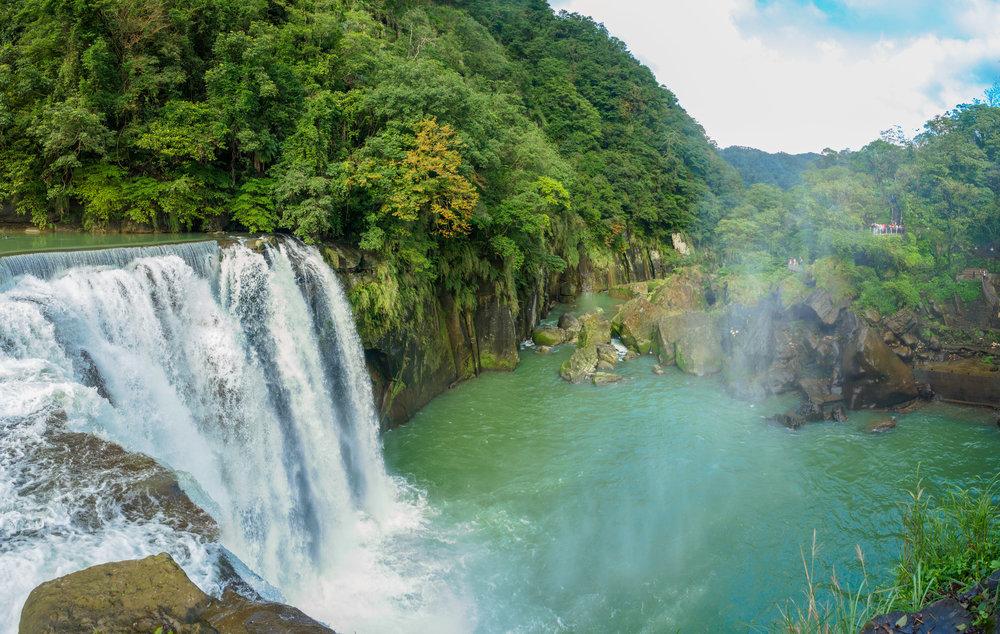 Shifen Waterfall - Guide
