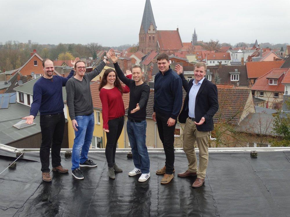 Wir steigen der Schule auf's Dach!