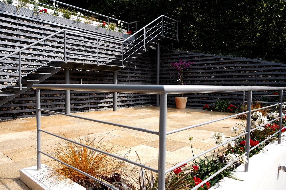 elevated-garden4.jpg