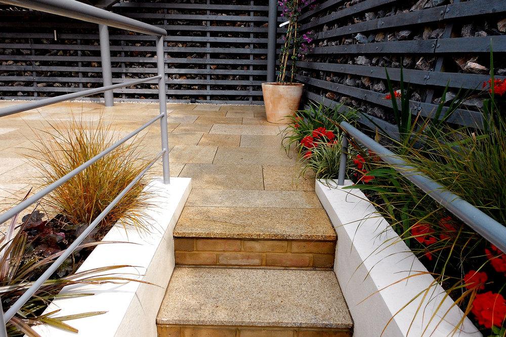 elevated-garden3.jpg