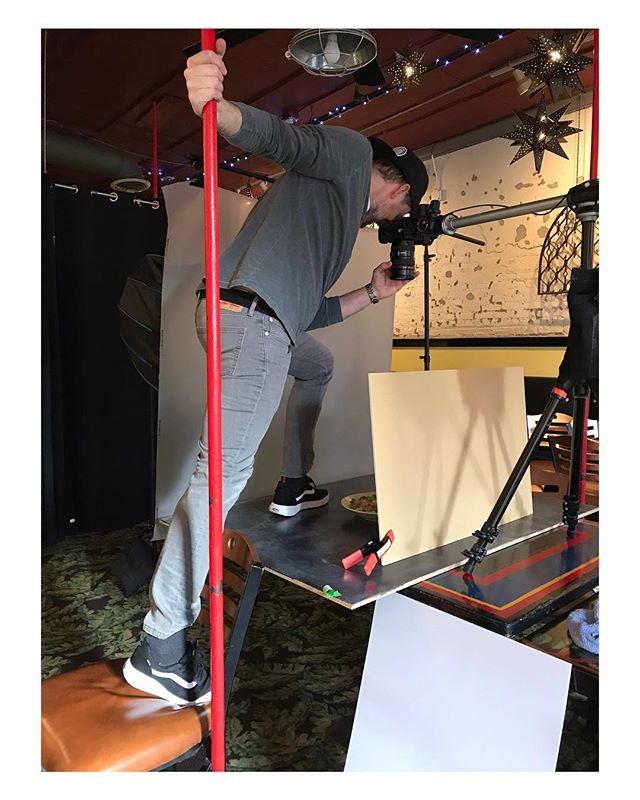 Pole dancing photography 📸🌮 #afadduhproduction #foodshoot #photoshoot #poledancing #foodphotography #timeswecrave #classicrio #production #actionshot @oldnumbernine @themingcompany @bharvin