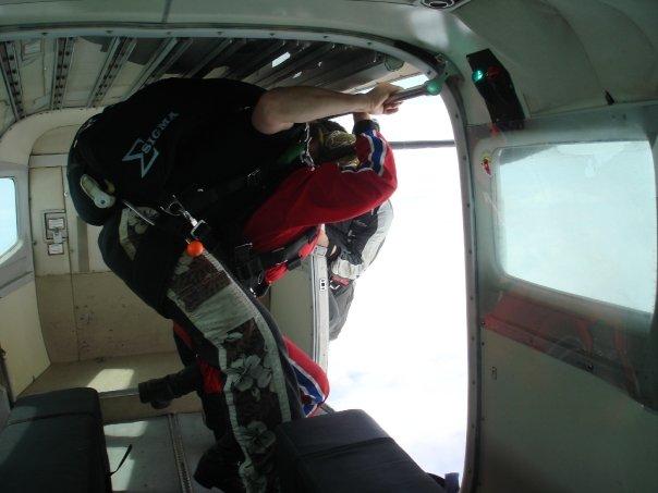 Sky Diving.jpg