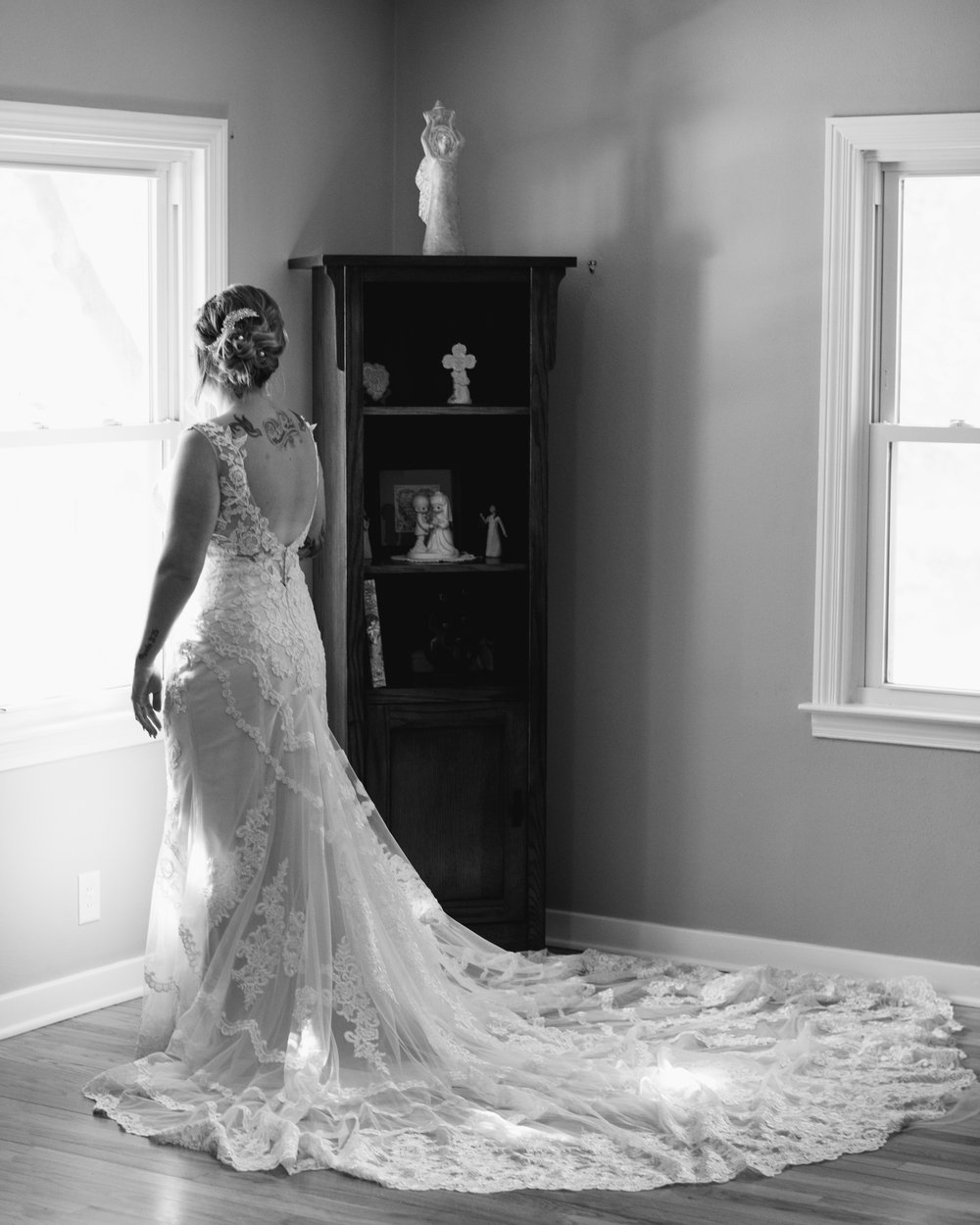 Long Train Wedding Dress in Des Moines