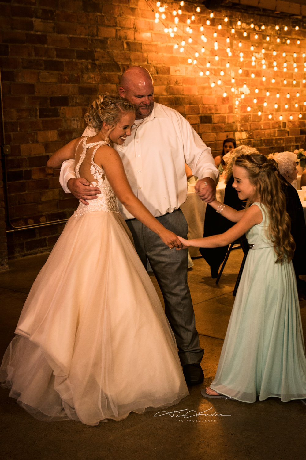 Daddy and Daughters Dancing in Humboldt Wedding at Rustix
