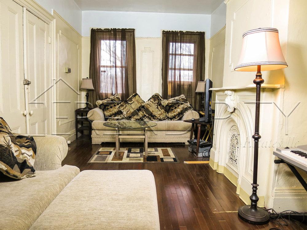2 fl Living Room FWME.jpg