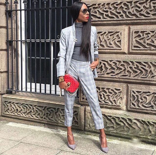 "#FashionFriday: Featuring @toofierce1. We Love office looks that translates to corporate ""Chic"". You can still wear corporate attire and add your own personal style! Tag us in your corporate chic look to be featured for our #FashionFriday corporate chic segment. Happy Friday! ✨ #melaninonwallstreet #officefashion #corporatechic  #corporatefashion #fashion #careerwoman #career #blackcareerwomen"