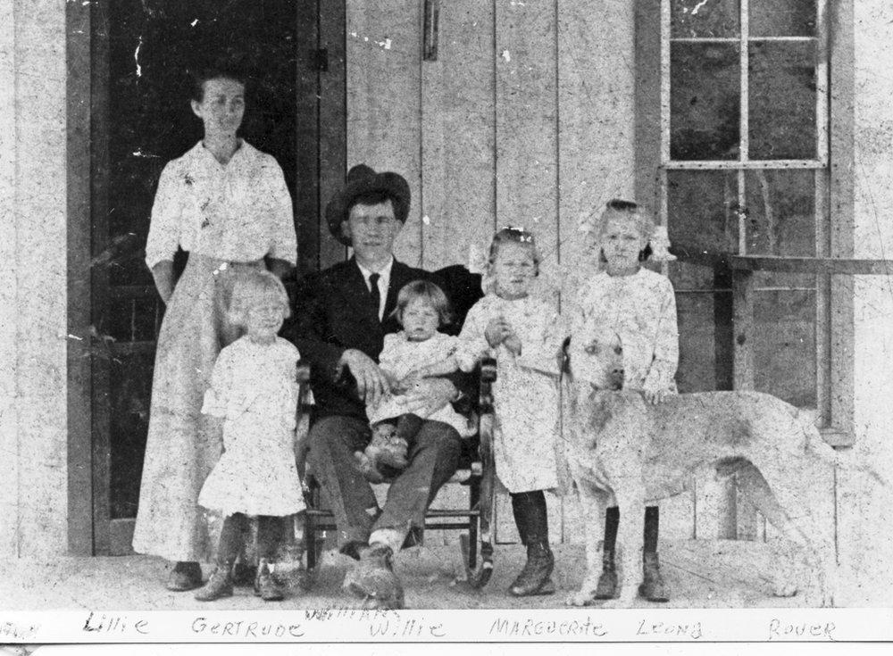 Wm. and Lillie Miller, Gertrude, Willie, Margerurite & Leona