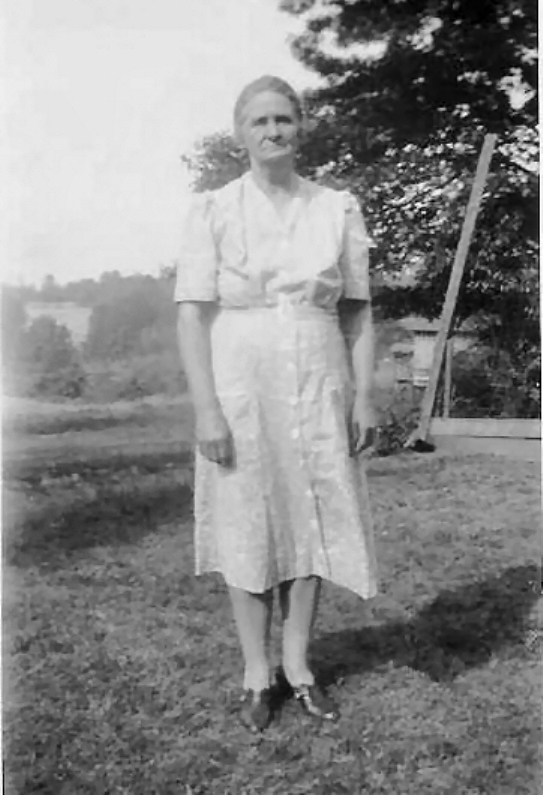 Cora Thomas Rubley Buttra - 1943