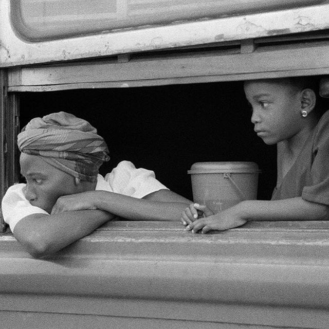 We want to #share #work by #people who #inspire us! Do you have anything you'd like to share? #DM us 🙂. Check out this amazing #photooftheday captured by our friend @garyhenrypalmer #photography #art #memoriesofzanzibar #traintoarusha #travel