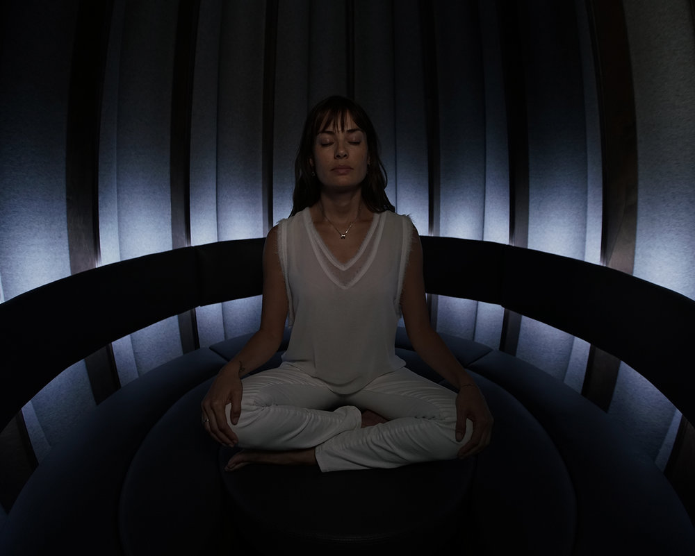 Priscilla - When you close your eyes, you feel as if you're in a real sound healing session with the vibrations enveloping your body. Very powerful and therapeutic