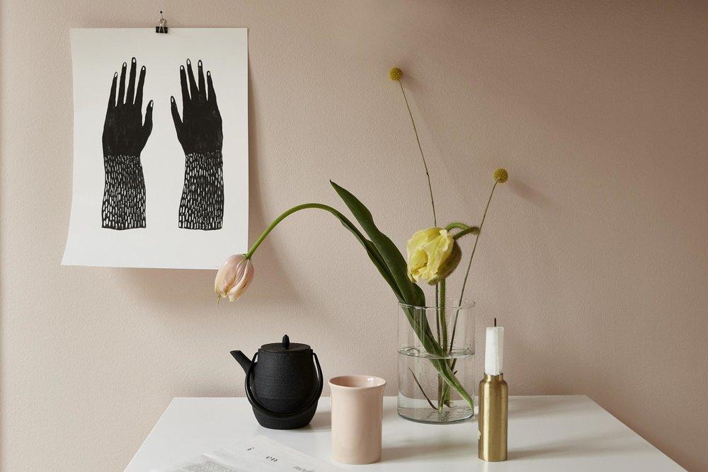 Pink wall, black&white art