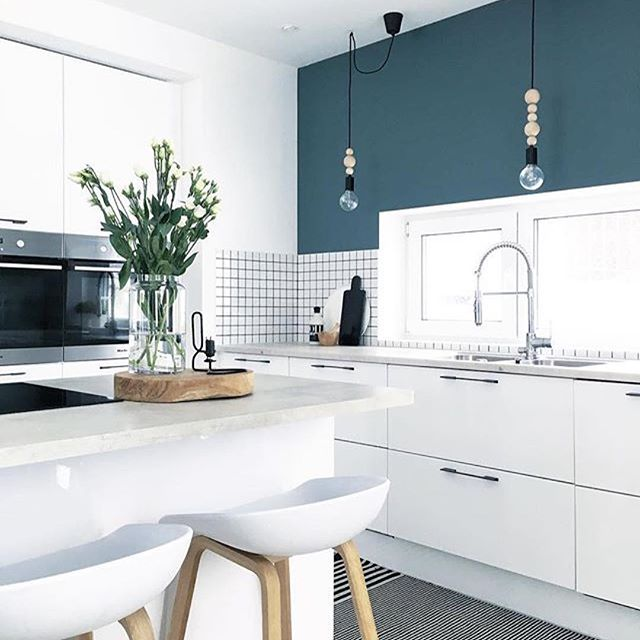 #Repost @cannorhome ・・・ #dreamkitchen #kitchendesign #kitchenbacksplash #kitchenisland #interiordesign #instahome #homeinspo #beautifulhomes
