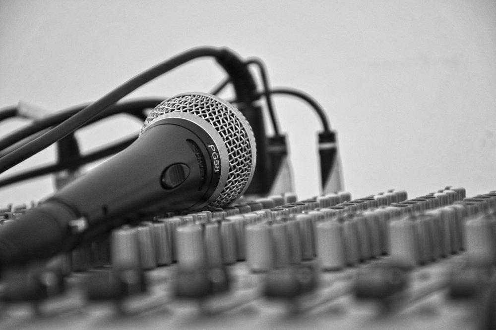 mic-mixer.jpeg
